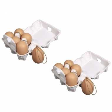 12x stuks plastic bruine paas eieren met hangers 6 cm