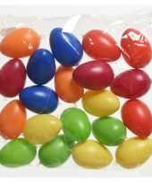 80x gekleurde plastic kunststof eieren paaseieren 6 cm